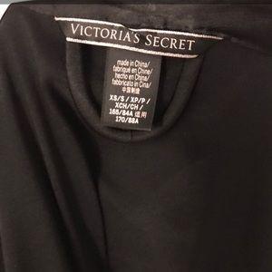 Victoria's Secret rob